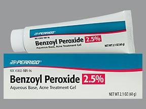 Benzoyl peroxide Thuốc kháng khuẩn và bong lớp sừng (3)